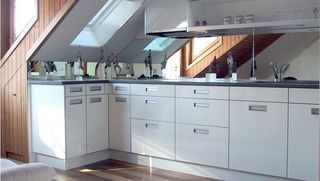 Experience with HOLZ-HER CNC machines - high quality processing for kitchens - Swiss tradition