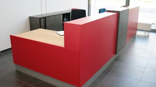 Holzher reference customer Endl for positive feedback on vertical CNC Evolution 7405